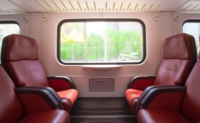 seats-train-window-travel-428614